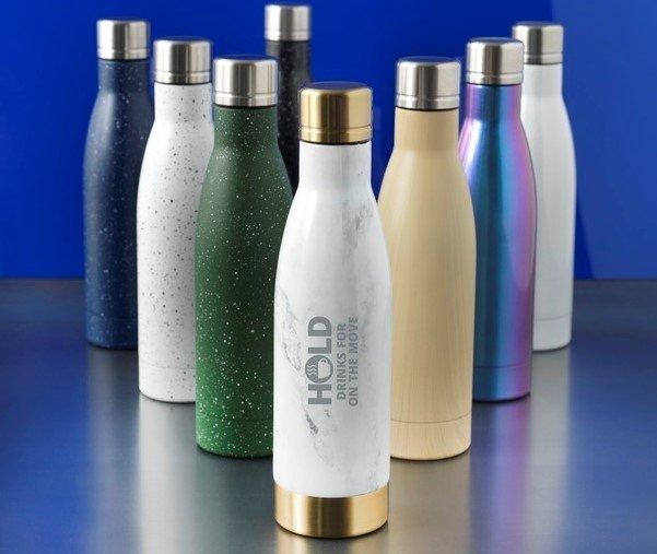 Borracce al posto delle bottigliette di plastica